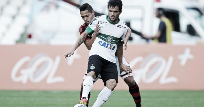 Coritiba recebe Flamengo querendo se afastar da zona de rebaixamento
