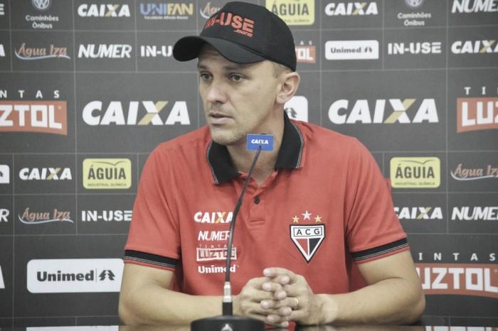João Paulo Sanches permanece como treinador do Atlético-GO na temporada 2018