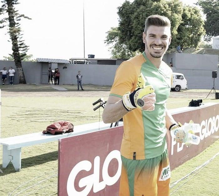 Após sair da lanterna, João Ricardo prevê vida dura do América-MG contra o São Paulo