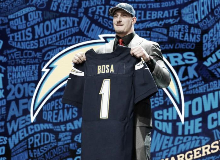 Joey Bosa encerra novela e assina com San Diego Chargers