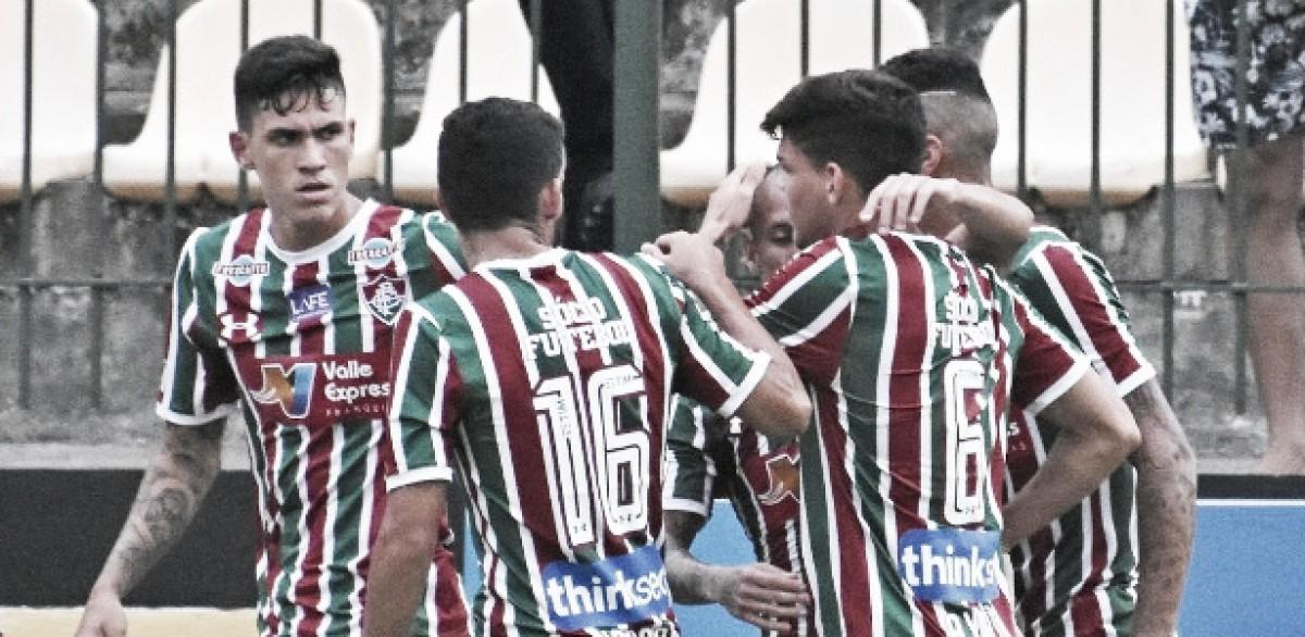 Análise: laterais se destacam em partida coletiva pouco inspirada do Fluminense