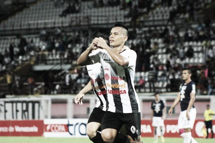 Johan Moreno vuelve a Venezuela con el Carabobo FC
