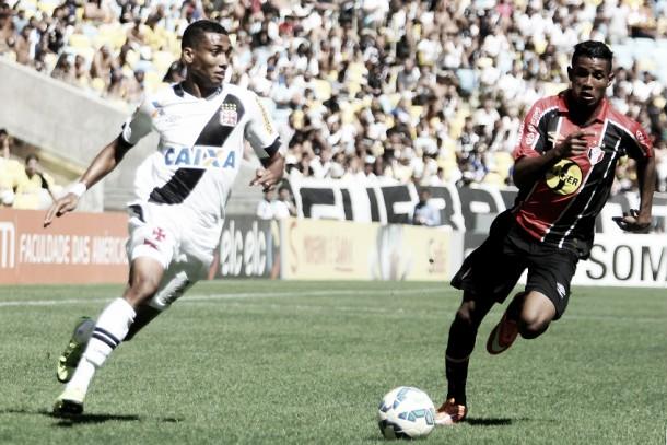 Em duelo de desesperados, Joinville e Vasco se enfrentam visando permanência na Série A