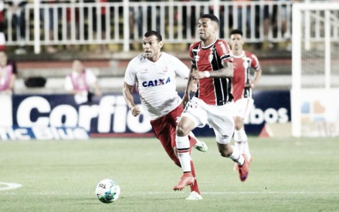 Joinville e Náutico fazem jogo equilibrado e empatam sem gols