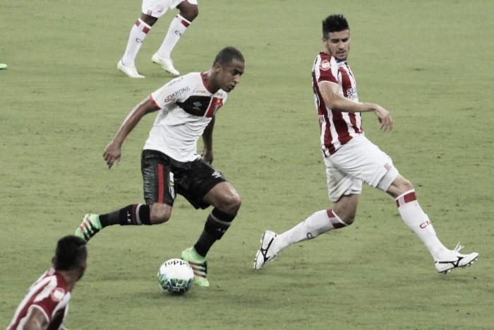Joinville enfrenta Náutico em busca de recuperação na Série B