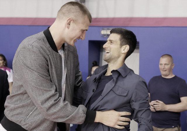 Jokic y los positivos en COVID-19, fuera de la NBA