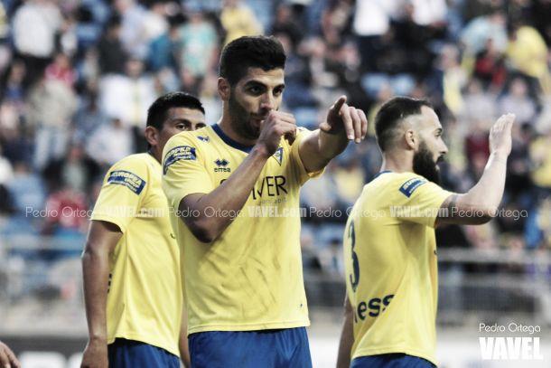 El líder noquea al Almería B