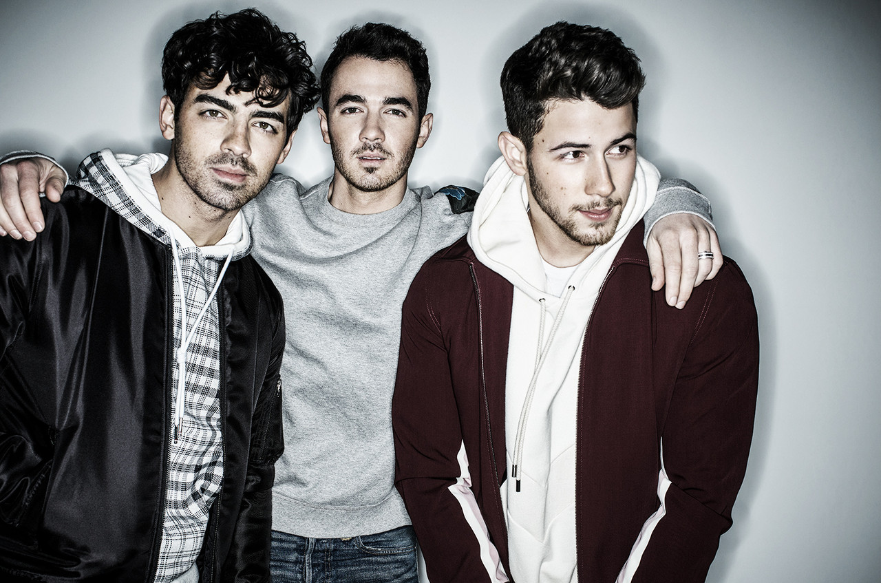 Jonas Brothers en The Late Late Show