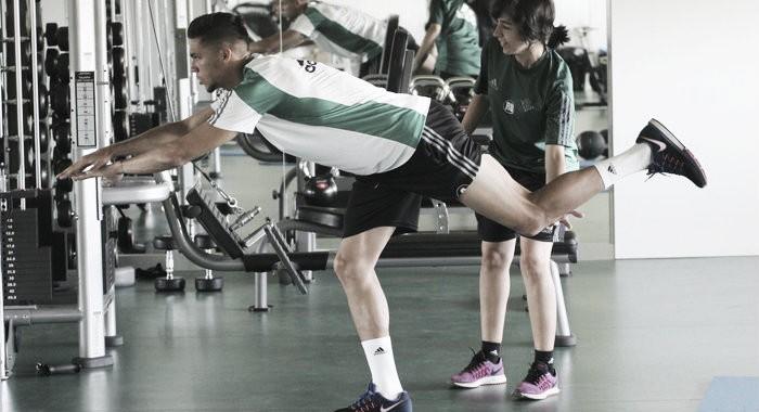 Jonas Martín no sufre lesión y se incorporará al equipo en Alemania