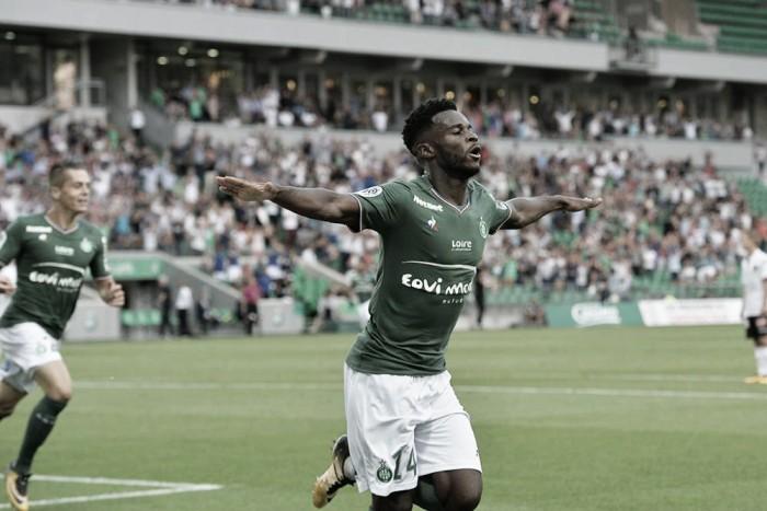 Sem Balotelli, Nice sofre gol no início e estreia com derrota para o Saint-Étienne