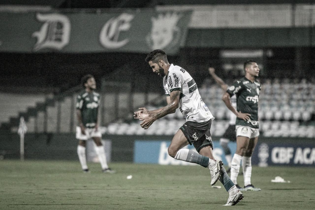 Autor do gol da vitória do Coritiba, Jonathan admite sondagem do Botafogo, mas permanece focado no fim da temporada