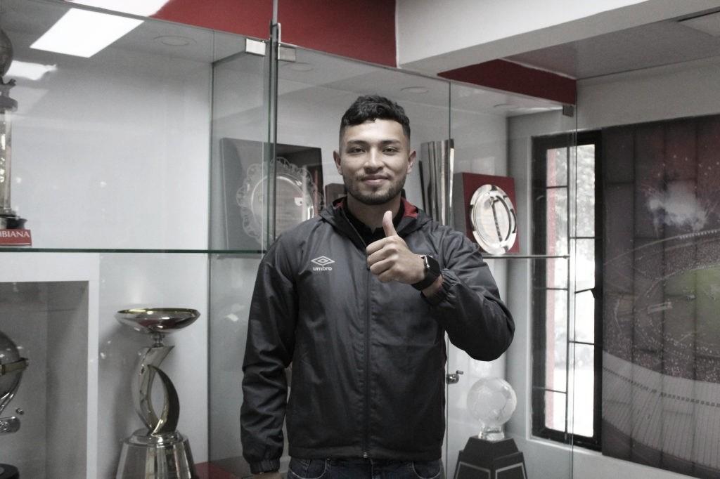 Jonathan Herrera renueva contrato con Santa Fe