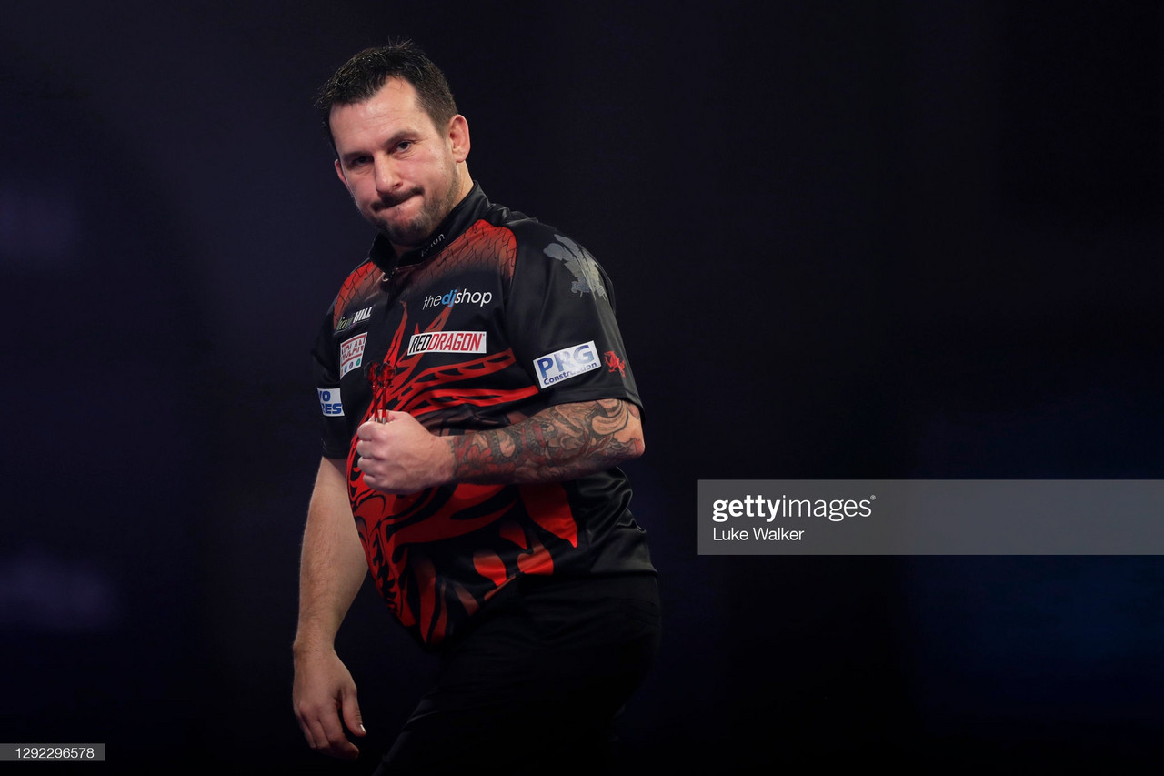 2021 Masters: Clayton Knocks Out MVG to Progress to Quarter Finals