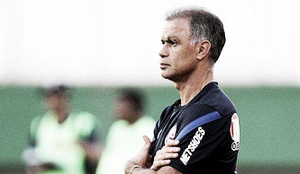 Vitória confirma contratação de técnico Jorginho