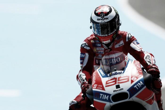 """Lorenzo felice per il podio, attacca: """"Questa è per chi ha parlato troppo presto"""""""