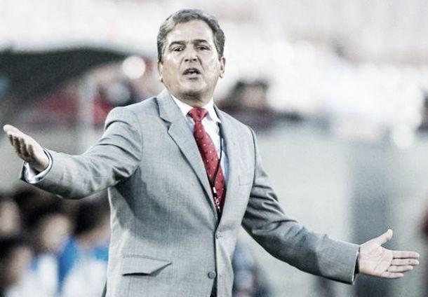 """Técnico da Costa Rica encara presença da seleção no """"Grupo da Morte"""" como motivação"""