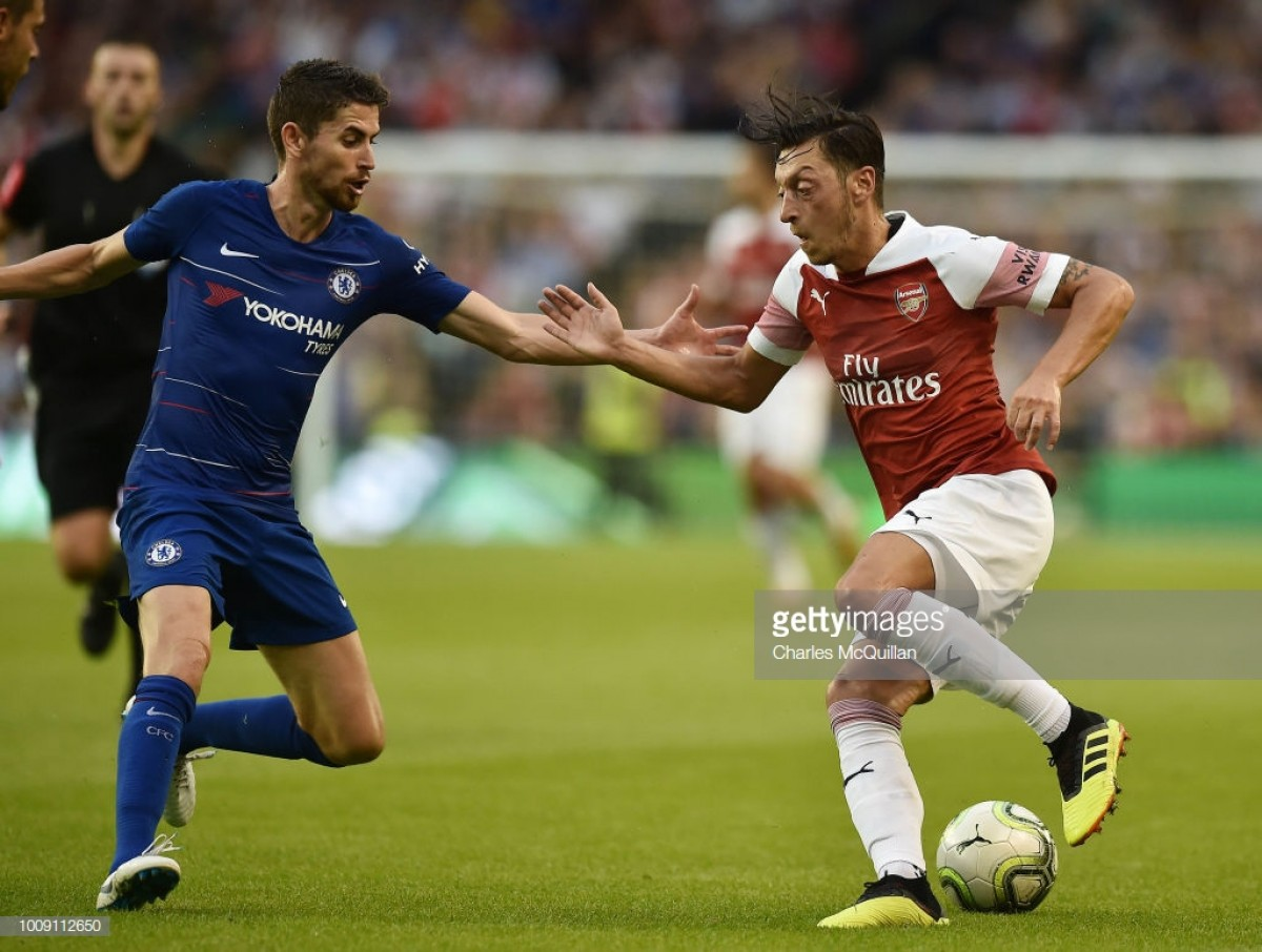 Arsenal 1-1 Chelsea (Arsenal win 6-5 on pens): Cech's penalty heroics deal Chelsea first pre-season defeat