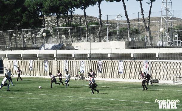 Resultado Real Zaragoza B - Illueca en la Tercera División 2013 (5-3)