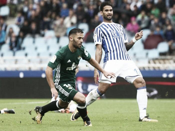 Willian José marca, e Real Sociedad empata com Bétis em partida de oito gols