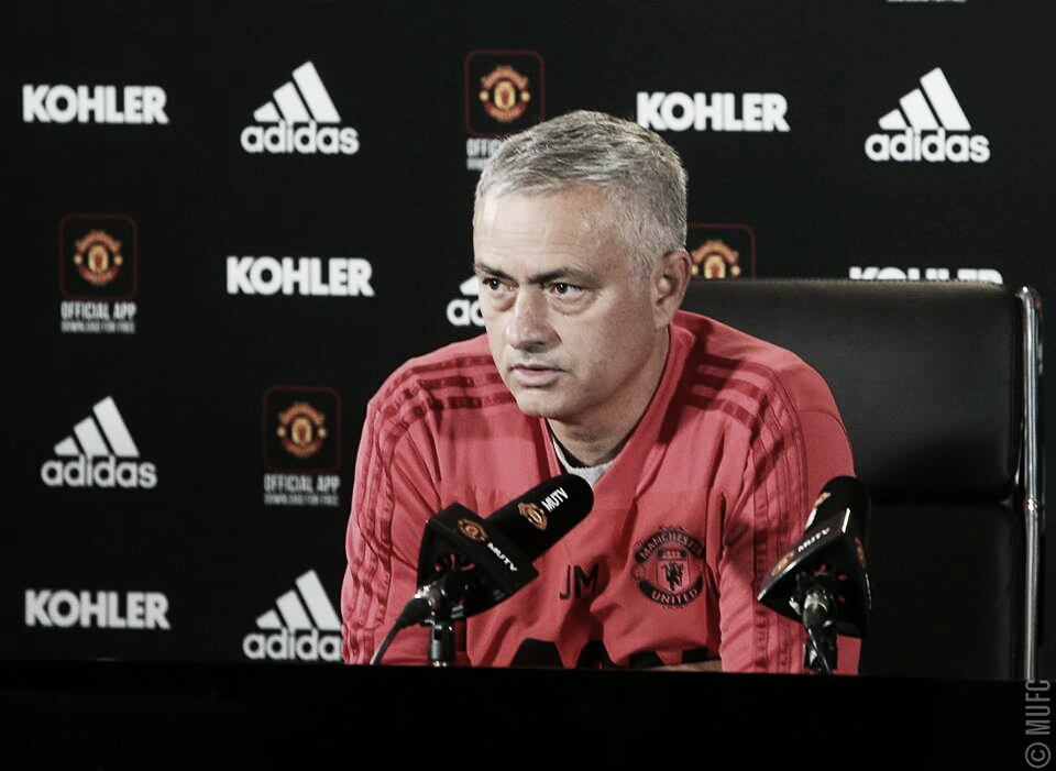 José Mourinho comemora triunfo sobre o Everton e explica ausência de Lukaku como titular