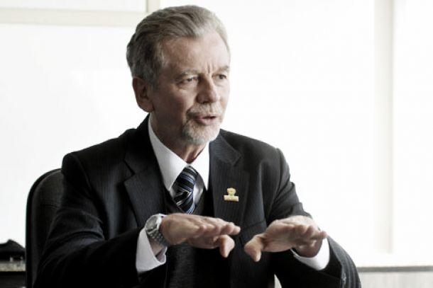 Prefeito de Porto Alegre diz que cidade pode ficar fora da Copa do Mundo