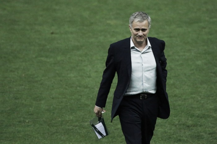 Report: Jose Mourinho signs Manchester United contract