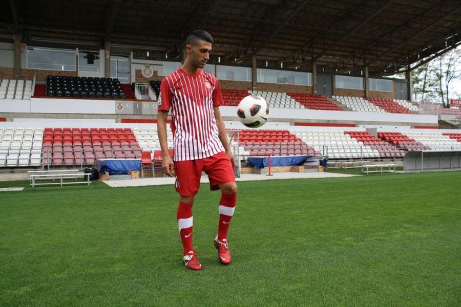 Joseba Garmendia cabalgará un año más en las cuadras de Montilivi