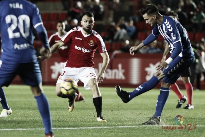 """José Carlos: """"Nos gustaría conseguir los tres puntos en casa y darle una alegría a la afición"""""""