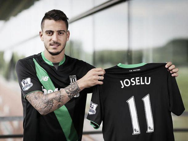Stoke City land Joselu
