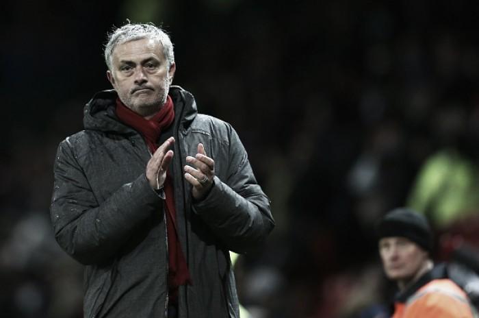 Na metade do atual contrato, José Mourinho se aproxima de renovação com Manchester United