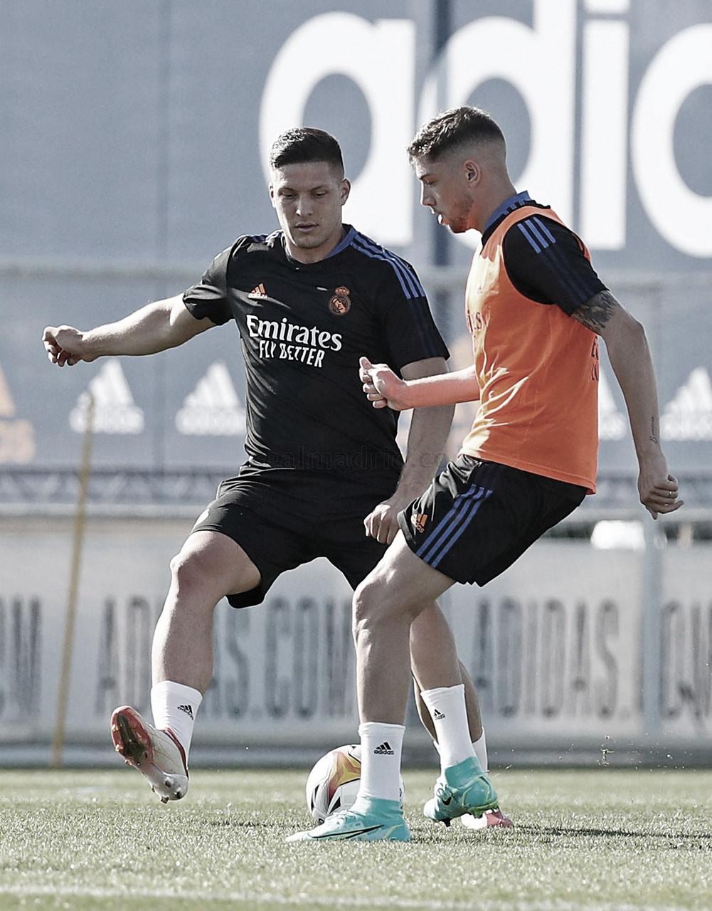 Jovic sigue ganando papeletas para salir del Real Madrid