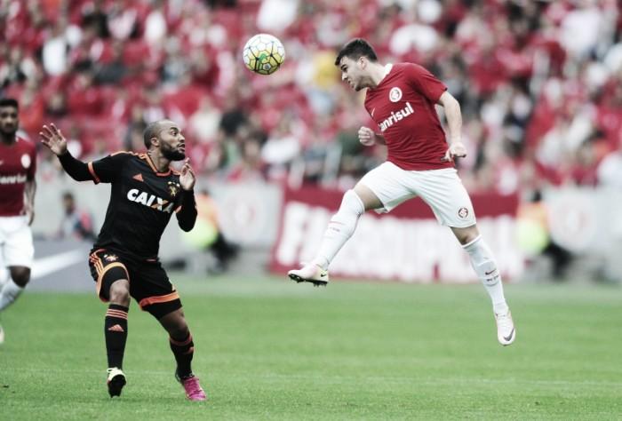 Internacional bate Sport e assume vice-liderança provisória do Brasileirão