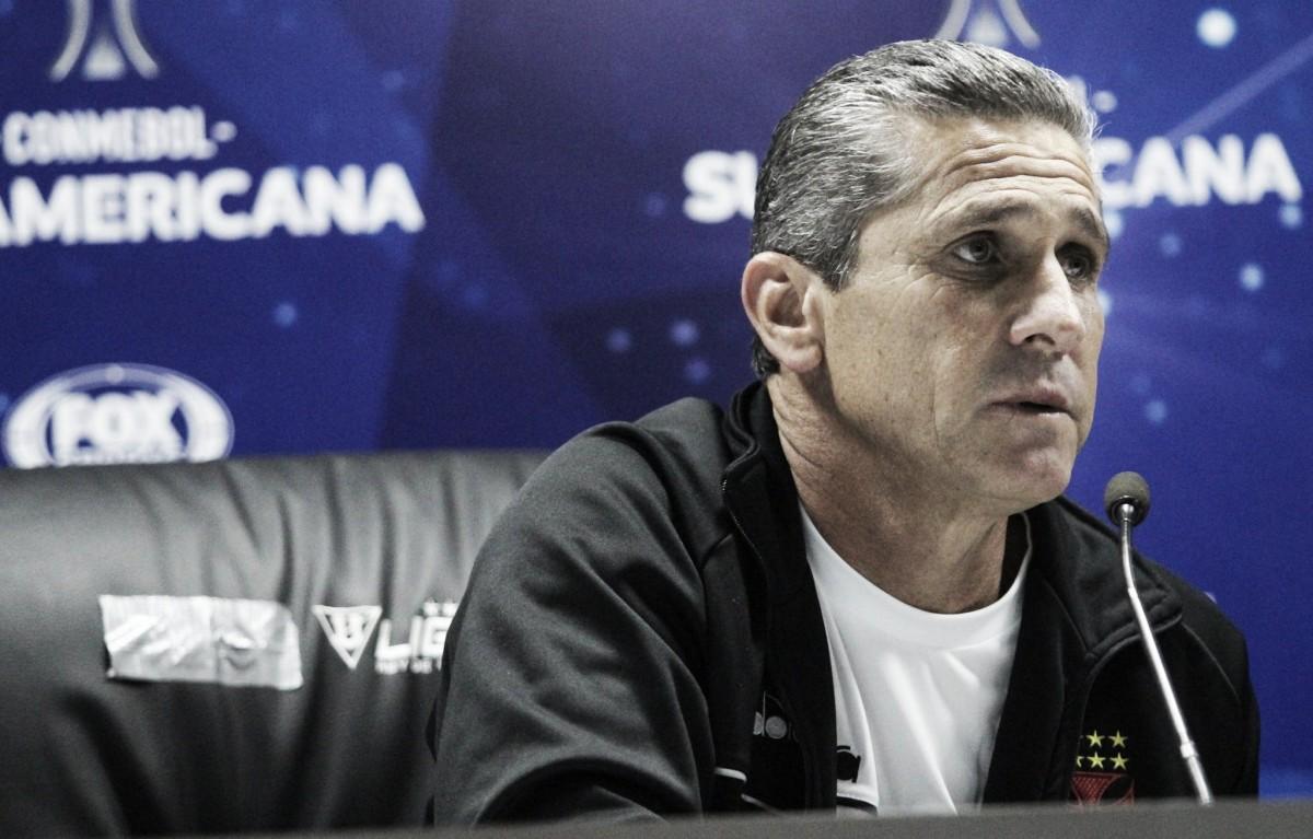 """Jorginho ressalta importância do gol fora apesar de derrota do Vasco: """"Pode fazer a diferença"""""""