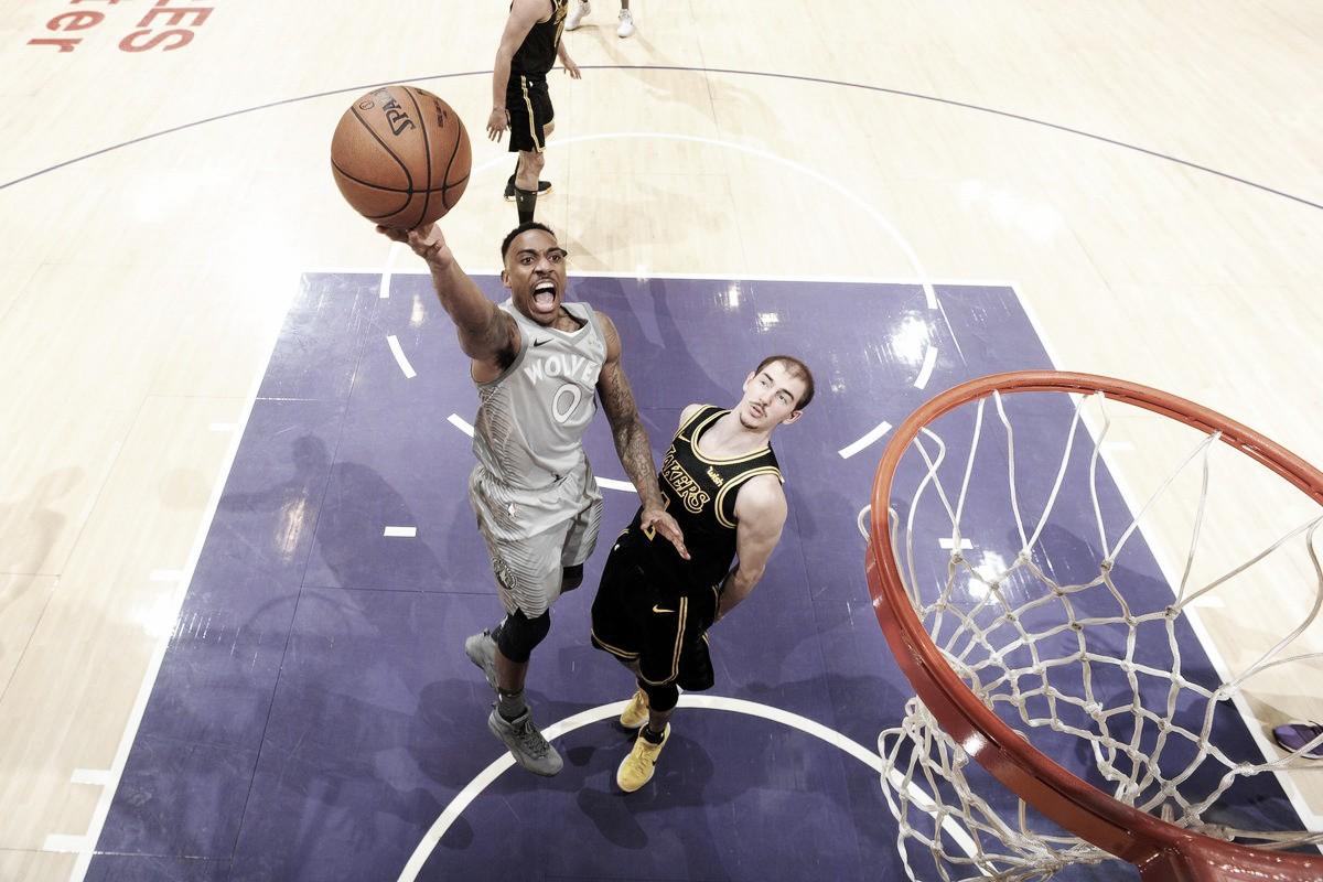 NBA, Toronto vince e chiude prima a Est. I Timberwolves battono i Lakers