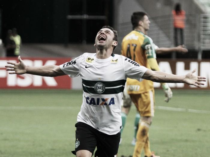 """Juan comemora atuação contra Ponte: """"Não poderia sonhar com um retorno melhor"""""""
