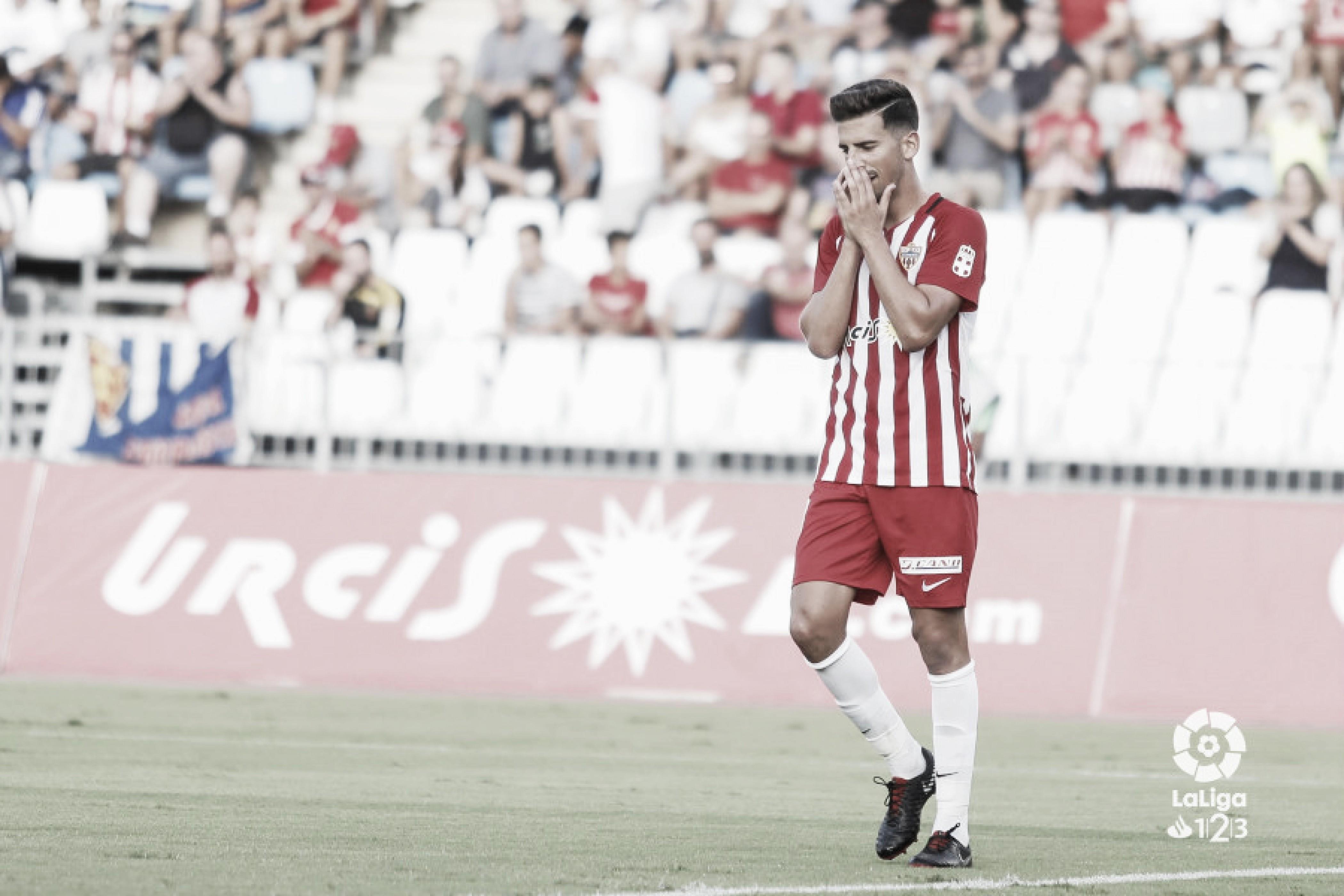 UD Almería, un equipo que solventa sus carencias con garra y buen hacer defensivo