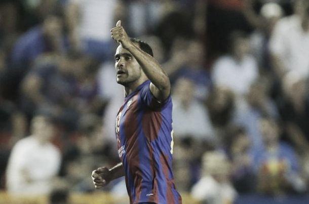 """Juanfran: """"El equipo ha cambiado su actitud y sólo falta conseguir un resultado positivo"""""""