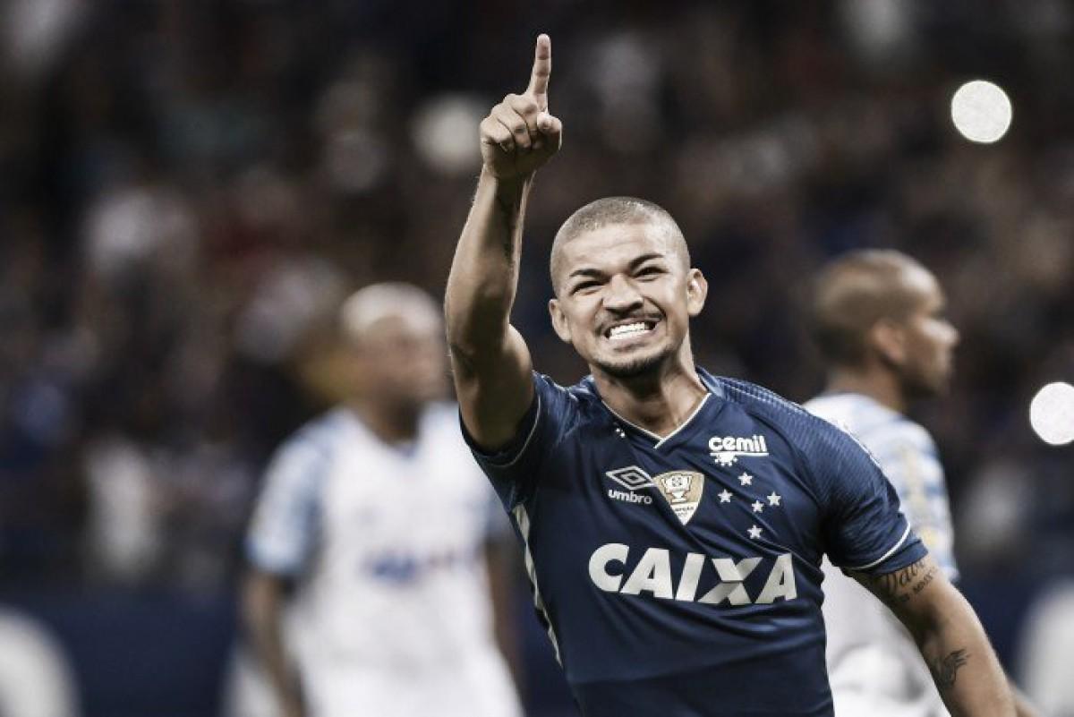 Cruzeiro estuda condição para emprestar Judivan e analisa situação de outros dois atletas
