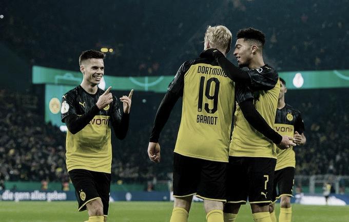 Com gols no final, Dortmund vence o Gladbach de virada e vai as oitavas da Copa da Alemanha