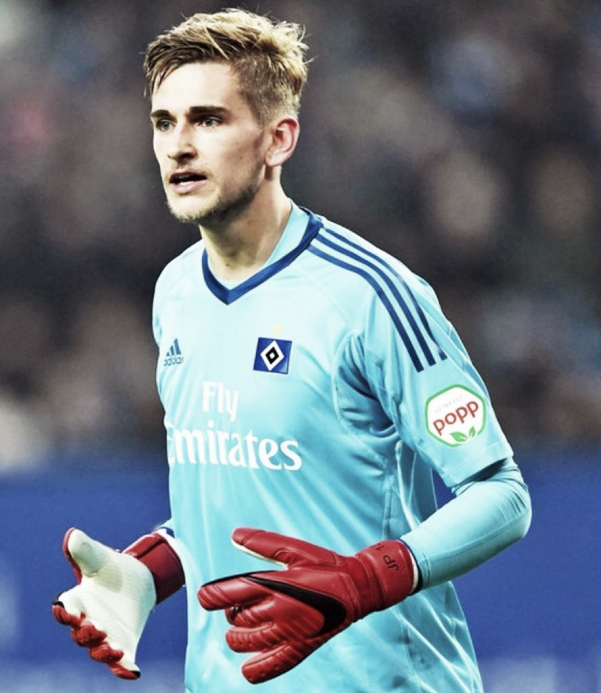 Jullian Pollersbeck puede salir del Hamburgo SV