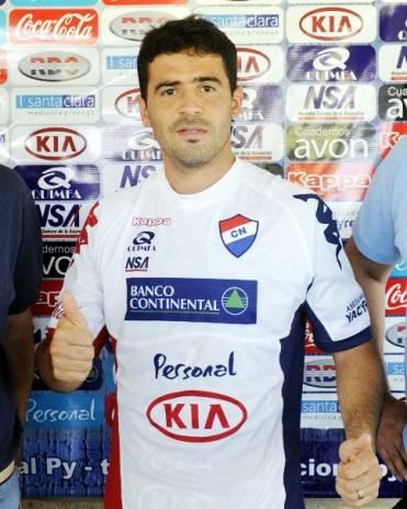 Julián Benítez cerca de Liga de Quito