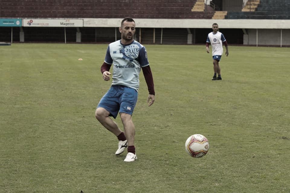 Juliano avalia desempenho do Caxias no Gauchão e projeta sequência da temporada