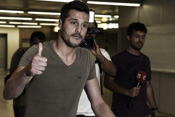 Benfica: Júlio César em Lisboa para assinar contrato