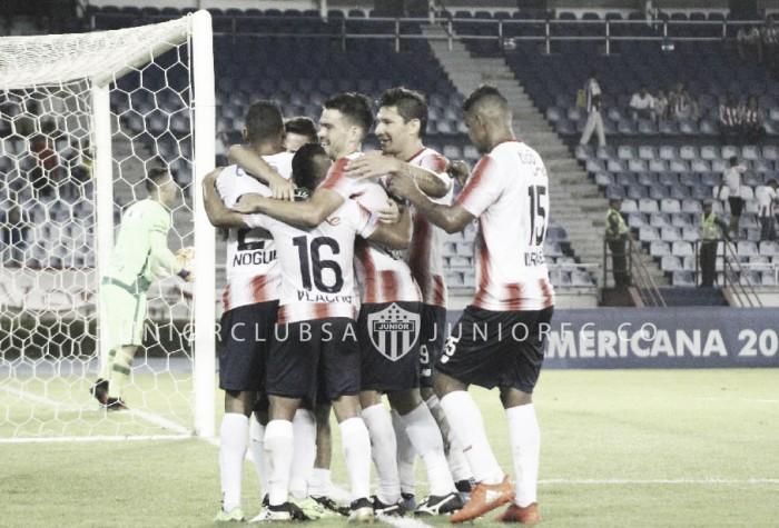 Chapecoense perde pelo placar mínimo para Junior Barranquilla, mas mantém confronto aberto