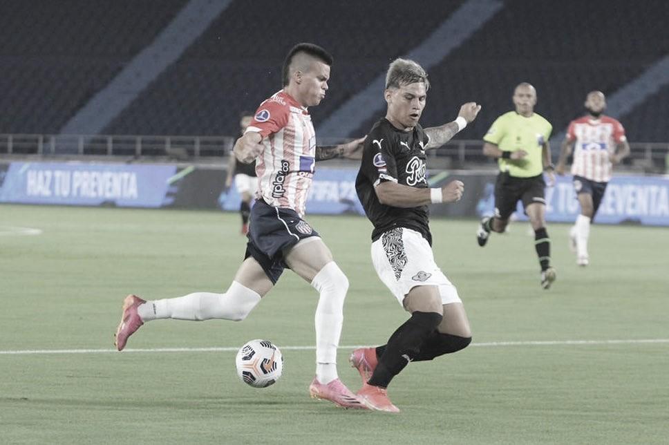 Junior tuvo desliz ante Libertad en la ida de octavos de final de la Sudamericana