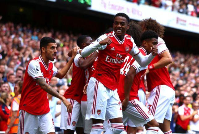 Joe Willock signs long-term Arsenal contract