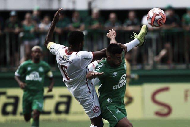 Chape bate Hercílio Luz com gols de Alan Ruschel e estreante Everaldo