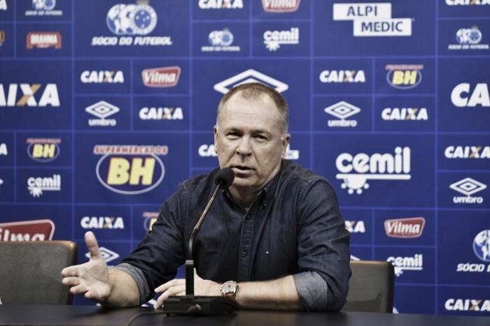 Mano Menezes pode alterar Cruzeiro para jogo diante do Vitória