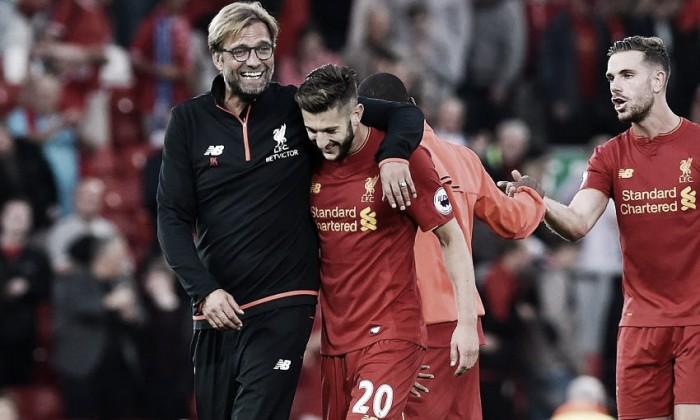 """Em boa fase no Liverpool, Lallana se rende ao elenco: """"Nosso futuro é muito brilhante"""""""