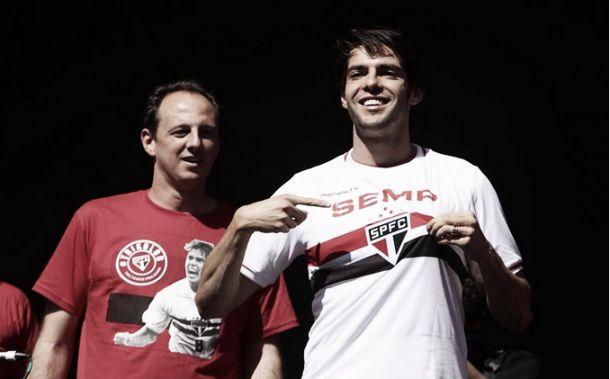Apresentado no Morumbi, Kaká se mostra empolgado: ''Estou louco pra jogar''